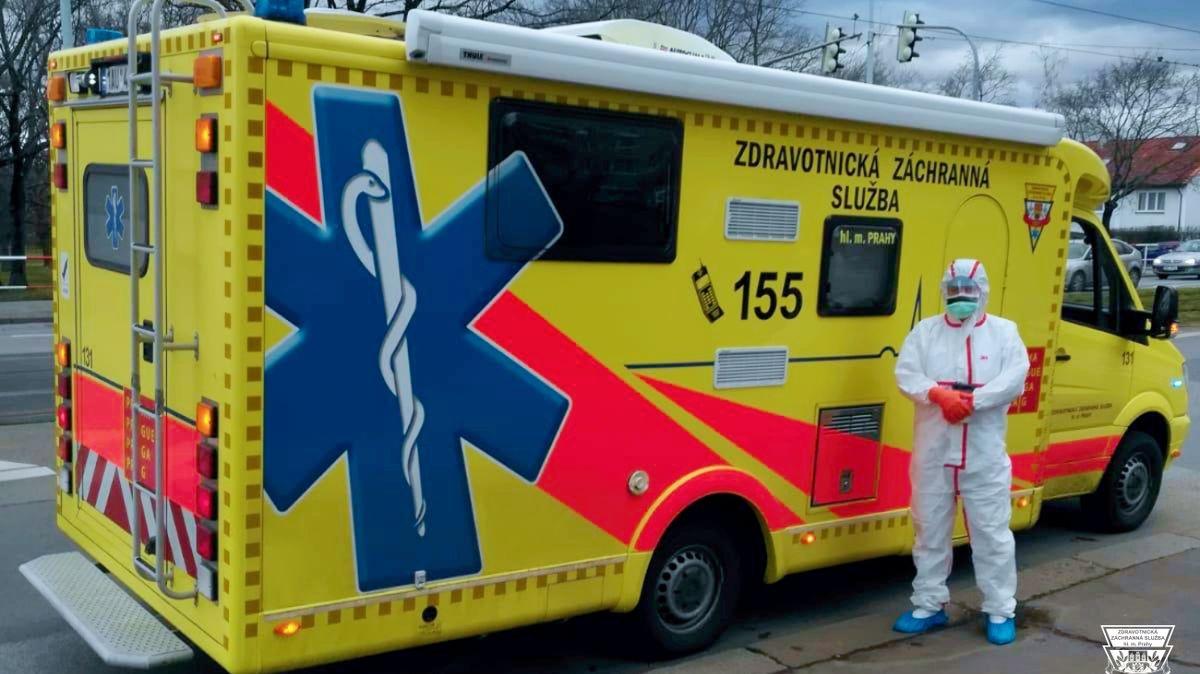 Karlovarská záchranka pořídila dvě sanitky pro mimořádné události
