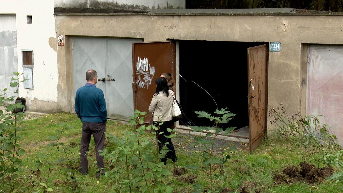 Odkoupené garáže na Jižním lomu vSokolově dá město zbourat