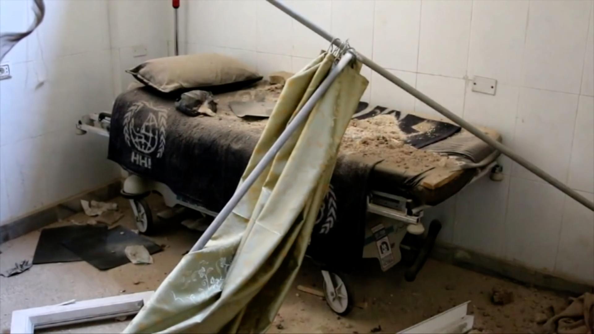 Na území rebelů v Sýrii jsou bombardovány nemocnice. Lidé jsou tam v pasti