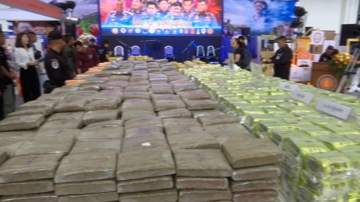 Thajská policie při obří razii zabavila drogy za 600 milionů