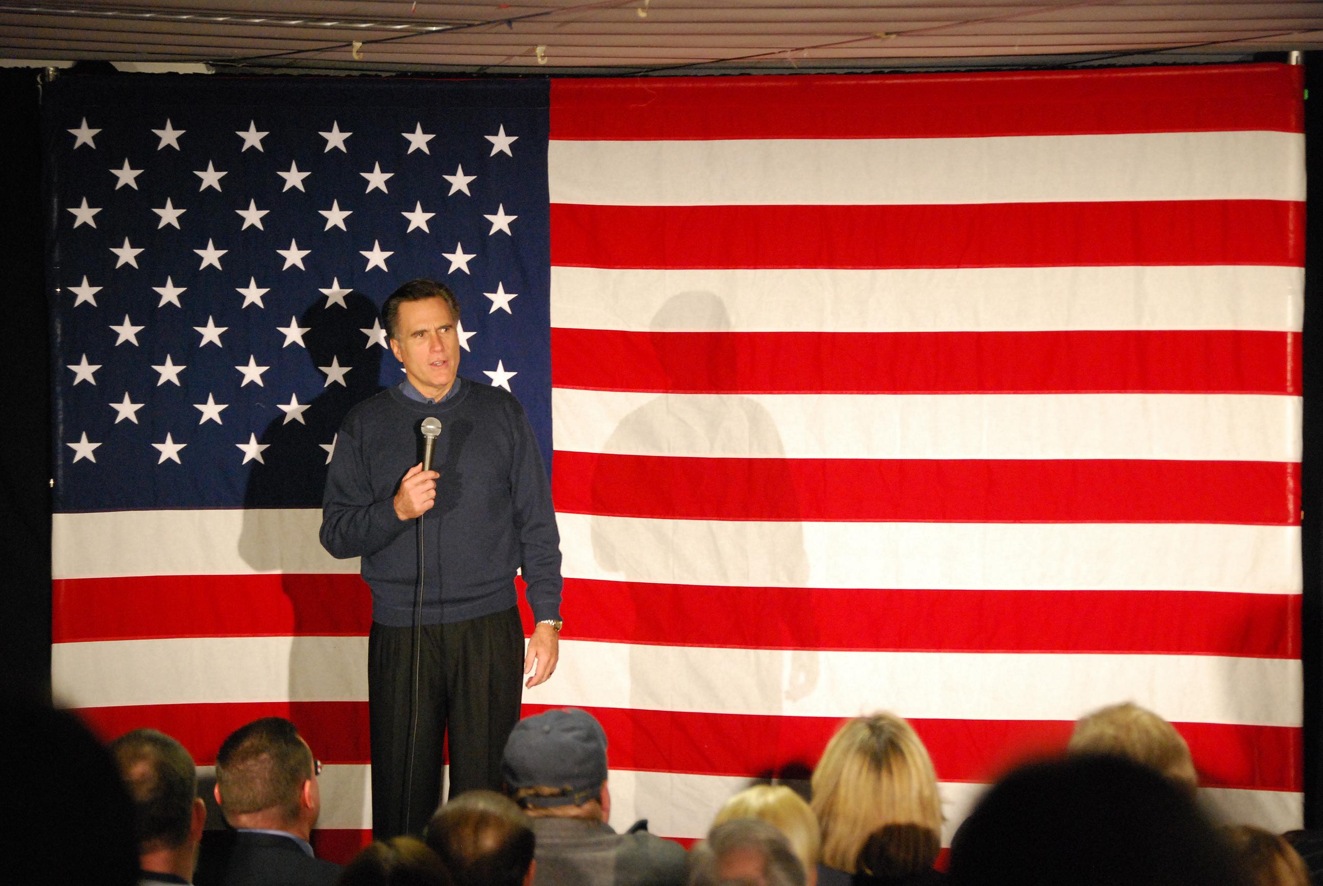 Republikán a bývalý kandidát na prezidenta Mitt Romney se bude ucházet o post senátora