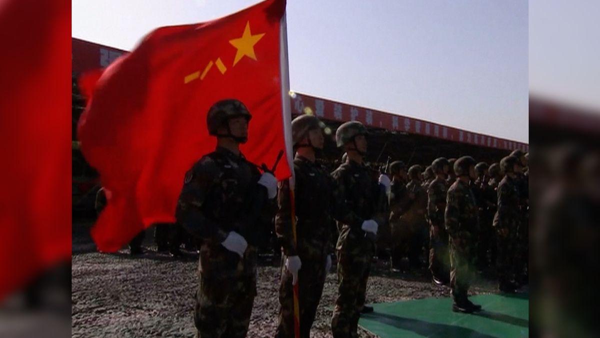 Čínská armáda posílila. Balistická brigáda má k dispozici zmodernizované rakety