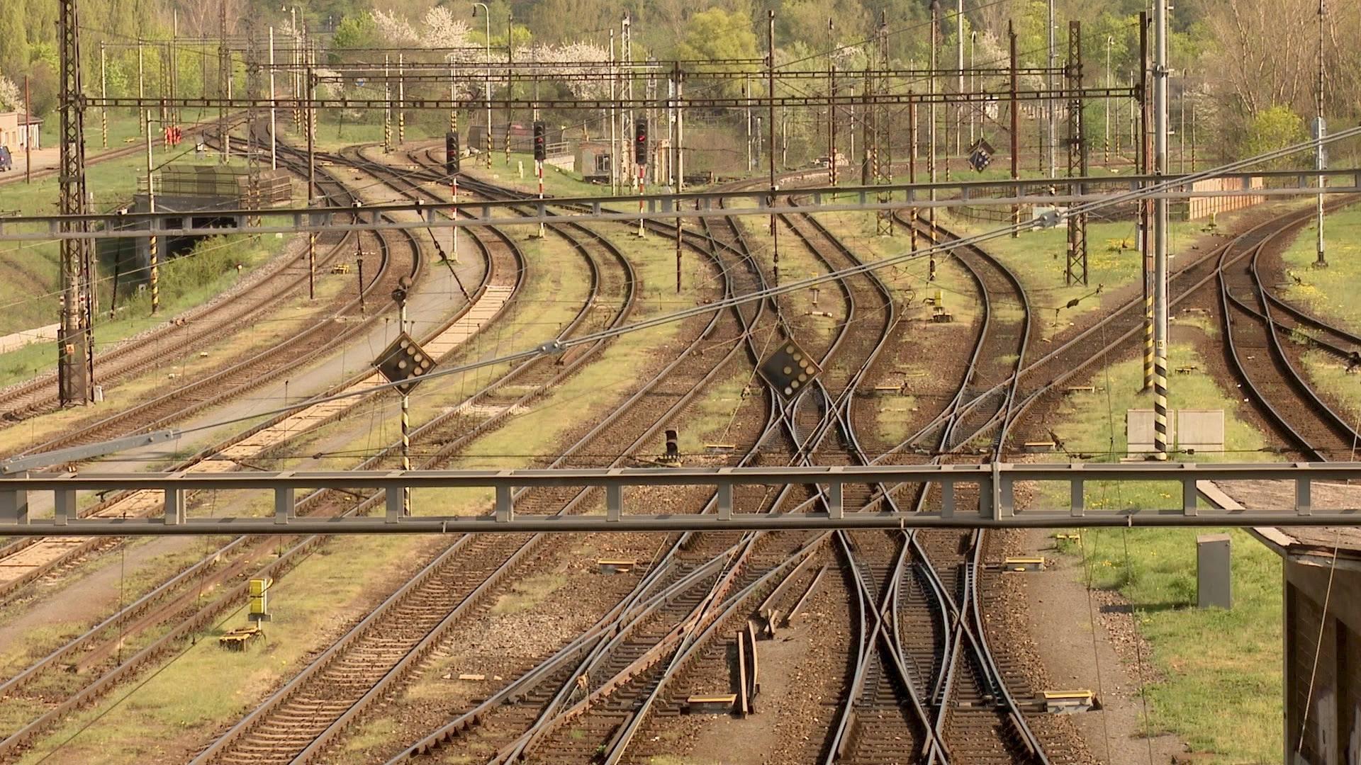 Přesun brněnského nádraží? Na nákladní vlaky se pozapomnělo, dopravci tvrdí, že železnice zkolabuje