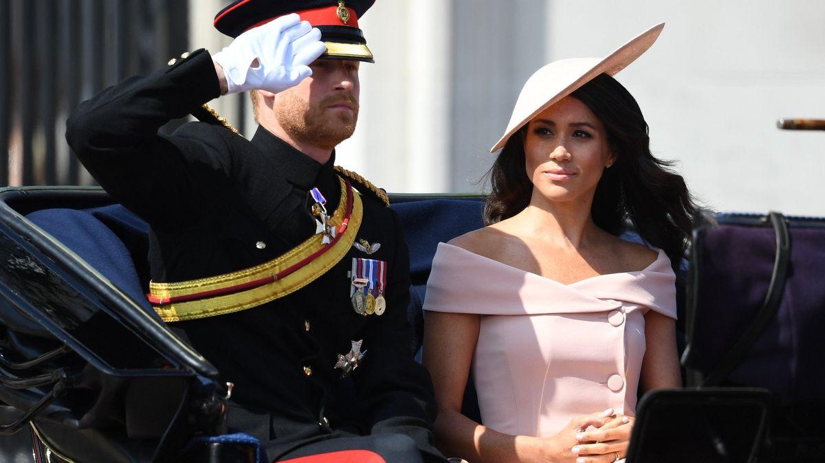 Harry a Meghan porušili stovky let platnou mantru královské rodiny. Nevyplatilo se to ani lady Dianě