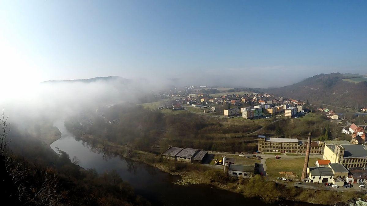 Jaro už v Česku zůstane. V týdnu ale může překvapit déšť a také bouřky