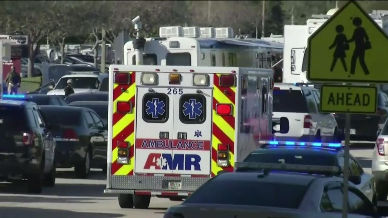 Střelba na floridské střední škole: nejméně 17 mrtvých a množství zraněných. Útočil vyloučený student