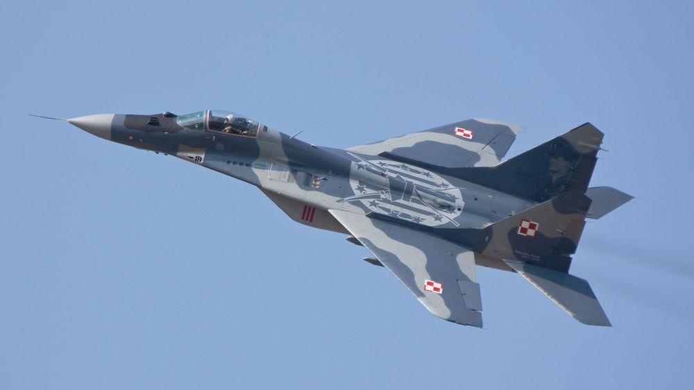 V Polsku se zřítil bojový letoun MiG-29. Jeho pilot zahynul