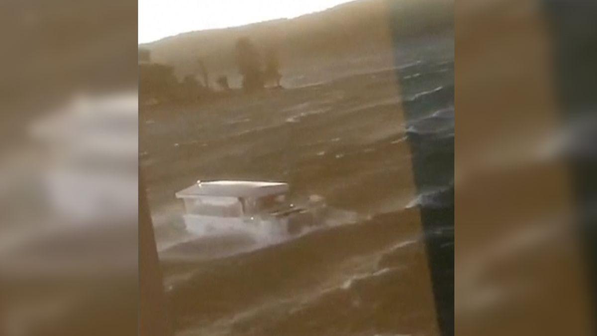Ztroskotání lodi v Missouri si vyžádalo 17 mrtvých, jedné z přeživších zahynulo devět členů rodiny