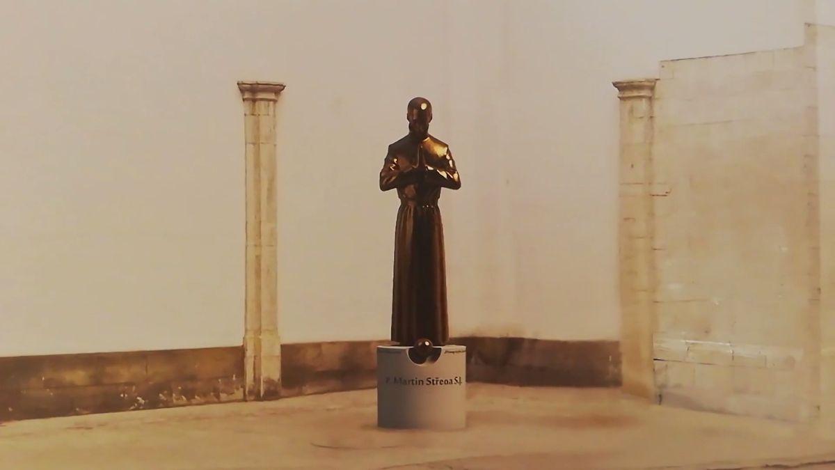 "Brno táhne ""žirafou"" i orlojem ve tvaru penisu. Teď město plánuje vážnou sochu do centra"