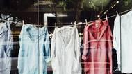 Češi utrácí miliardy za nové oblečení zoufalé kvality. Trendy je přitom šatník za 0korun