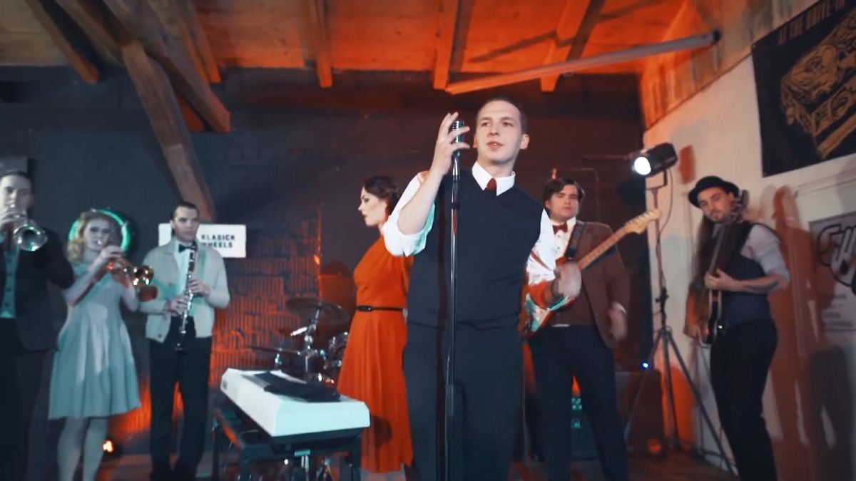 Dejte Rudolfům písničku a oni ji zahrají jako swing. Uspěli iuBlack Sabbath