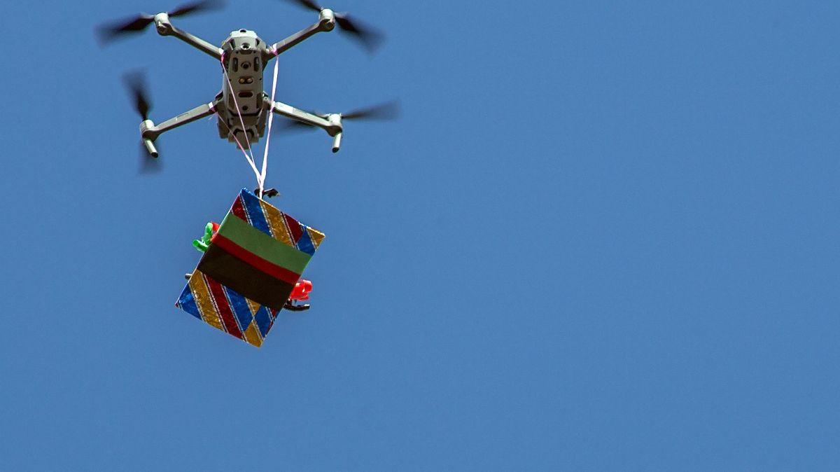 """Jak pozvednout africkou ekonomiku? Pomoci má """"Akademie dronů"""""""