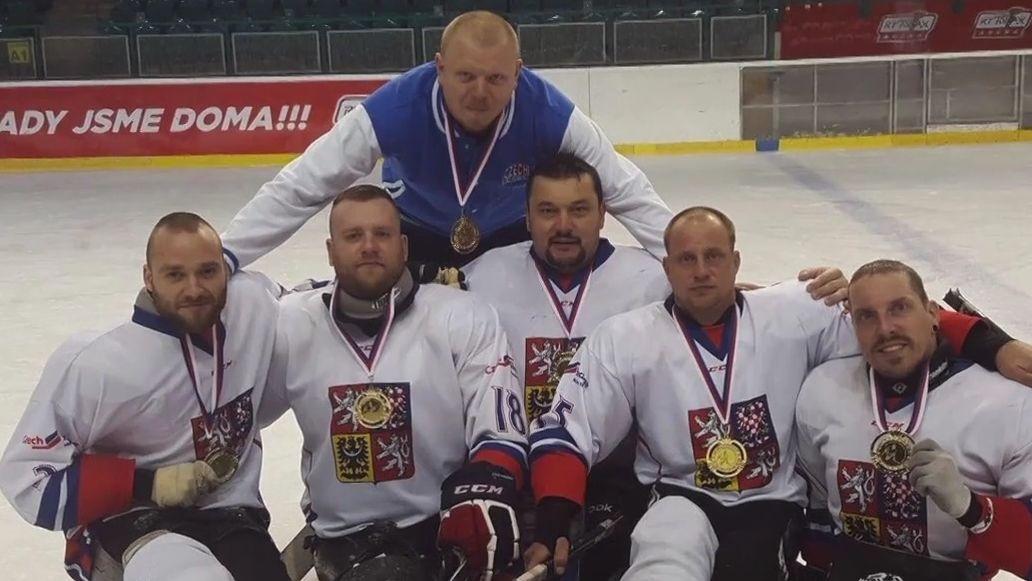 Česko žije hokejem. Bude národní tým vBratislavě úspěšný jako parahokejisté?