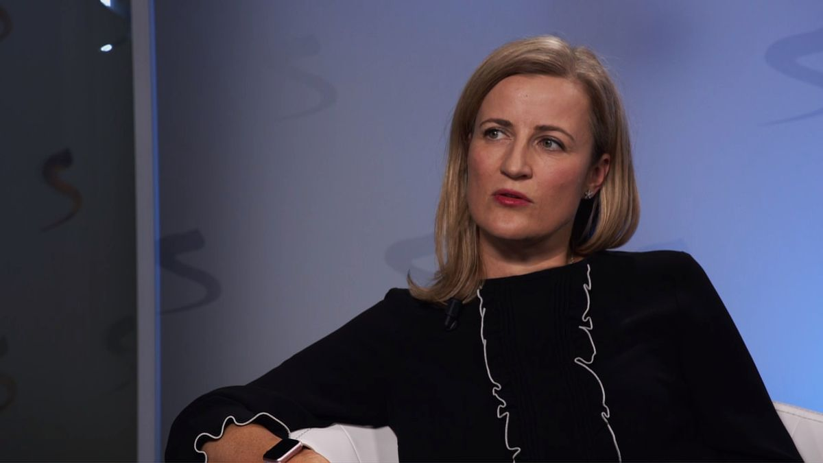 Nejvlivnější česká bankéřka: Hypotéky na 50let? Šance na vlastní bydlení