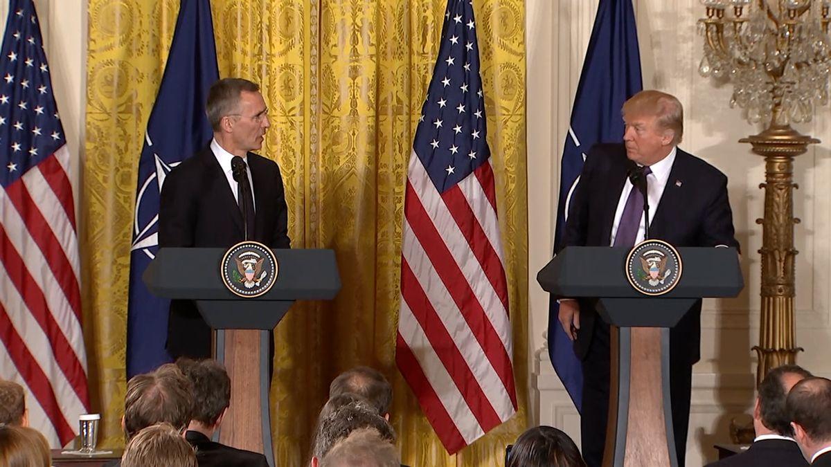 Ve Washingtonu se setkali ministři zahraničí NATO. Šéf Aliance varoval před Ruskem