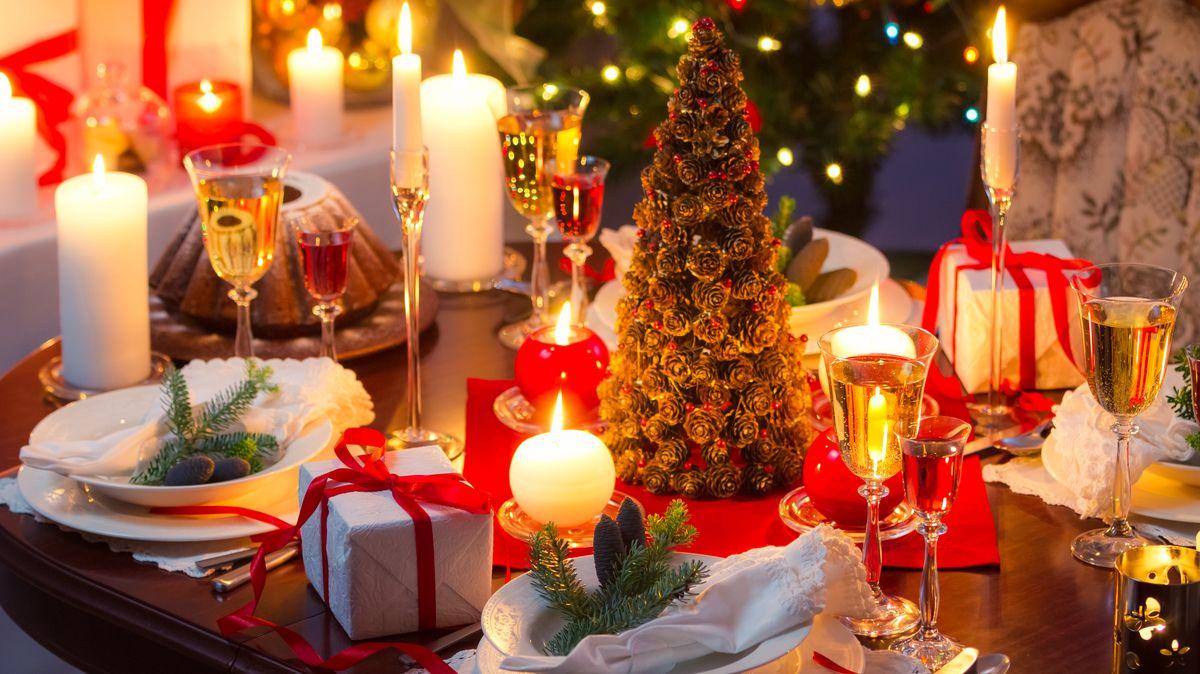 Kouzlo sváteční tabule aneb Jak si doma správně slavnostně prostřít