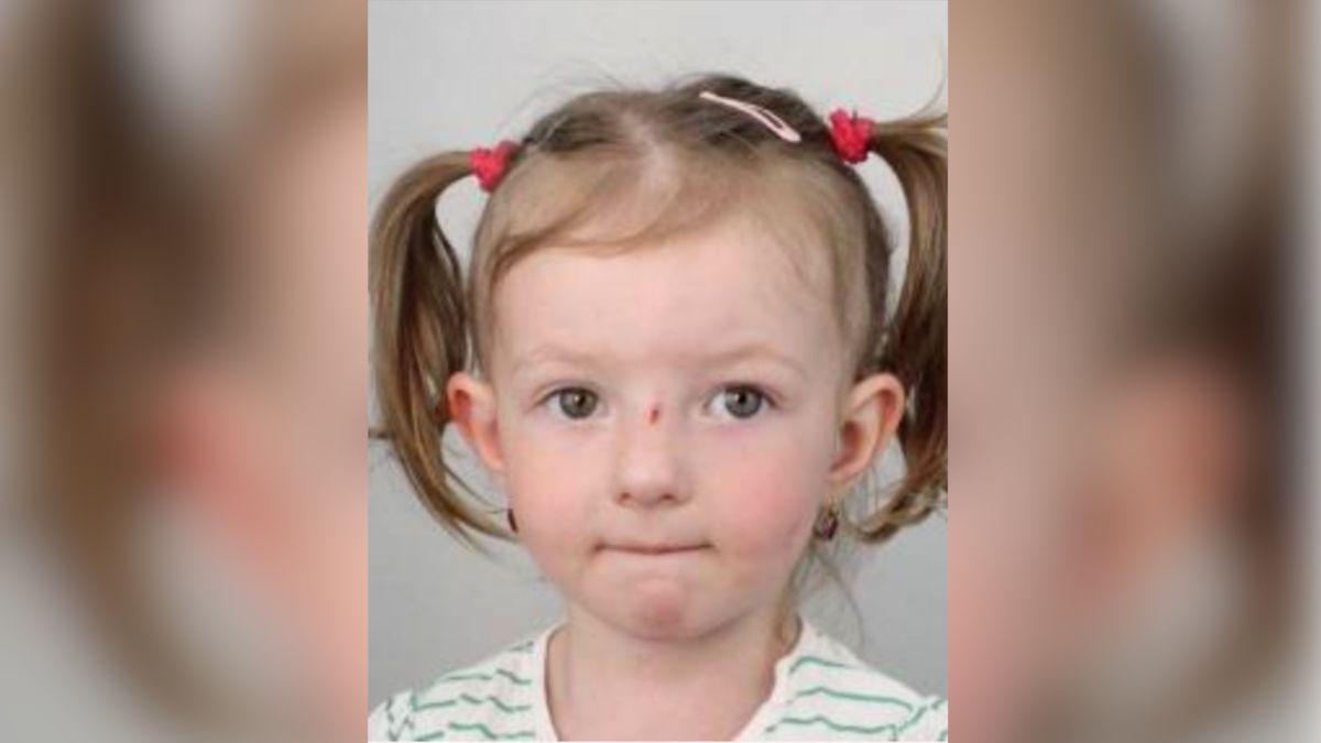 Policie pátrá po pětileté Sofii Mikyškové, dva muži ji unesli vPraze 10