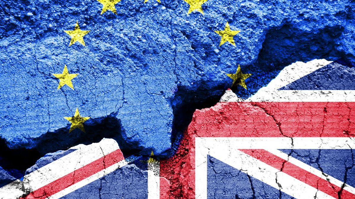 Tvrdý brexit by srazil českou ekonomiku pod dvě procenta, varuje člen bankovní rady