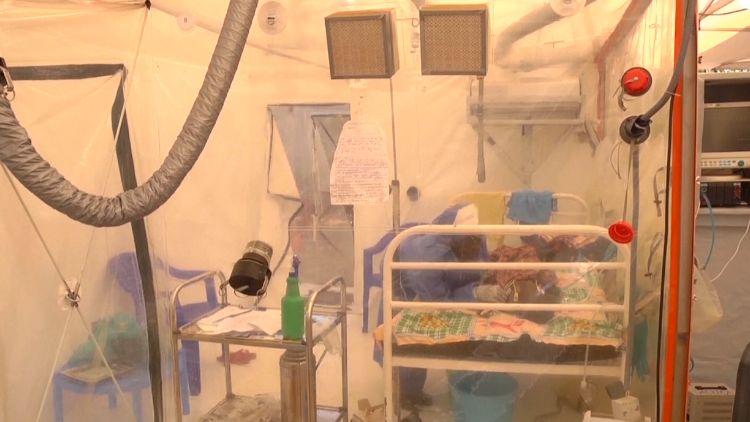 Uganda hlásí první případ eboly. ZKonga přišel nakažený pětiletý chlapec