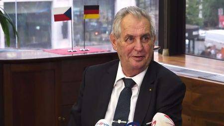 Zeman vNěmecku: Proti sankcím inovinářům