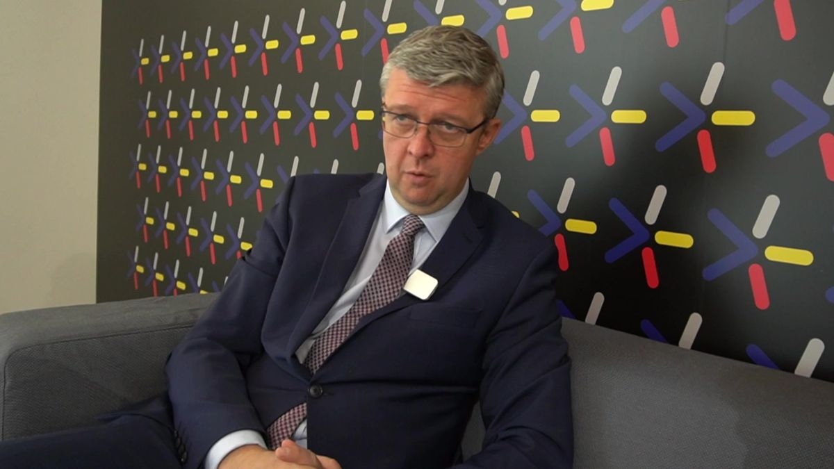 15tisíc měsíčně hrubého je moc, říká ministr Havlíček ominimální mzdě