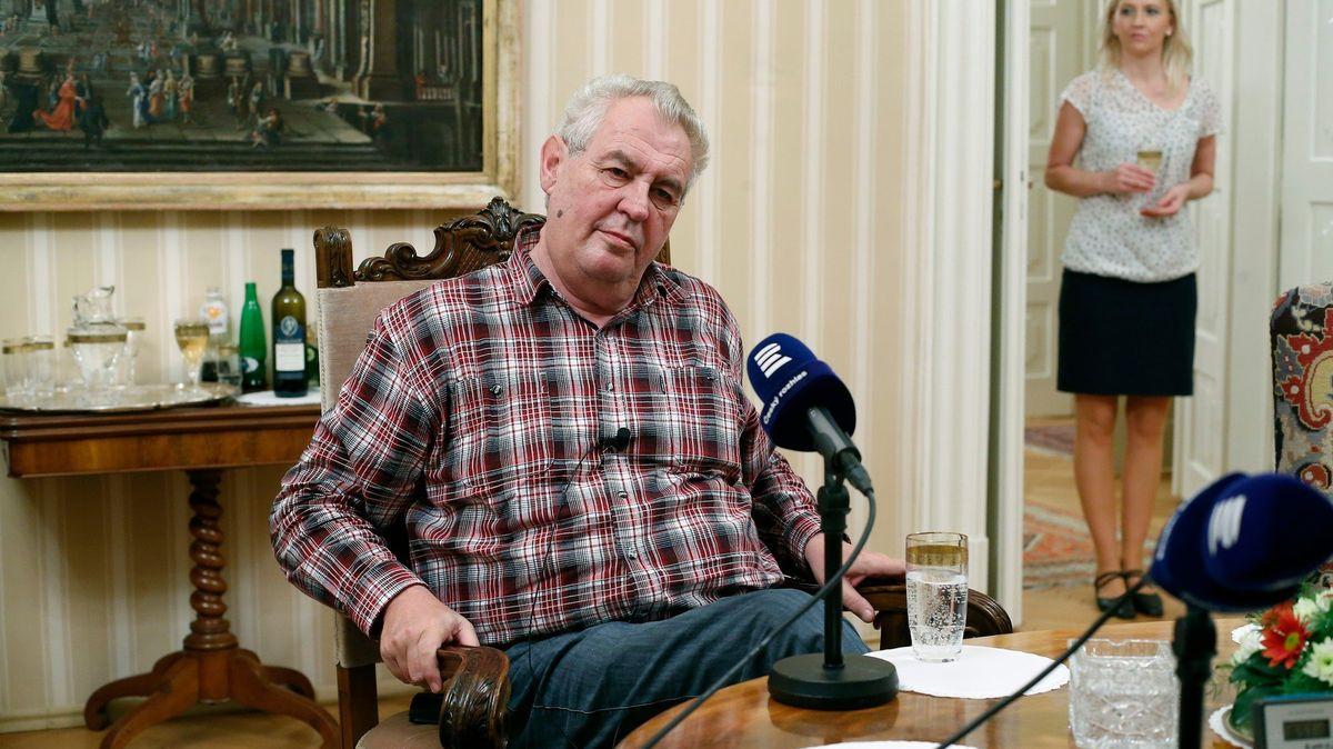 Miloš Zeman opět sypal vulgarity. Rozhlas se však nebojí, protože jde oprezidenta