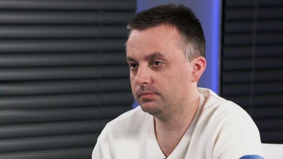 Rusové se snaží podrýt demokratické uspořádání Česka, říká investigativec Kundra