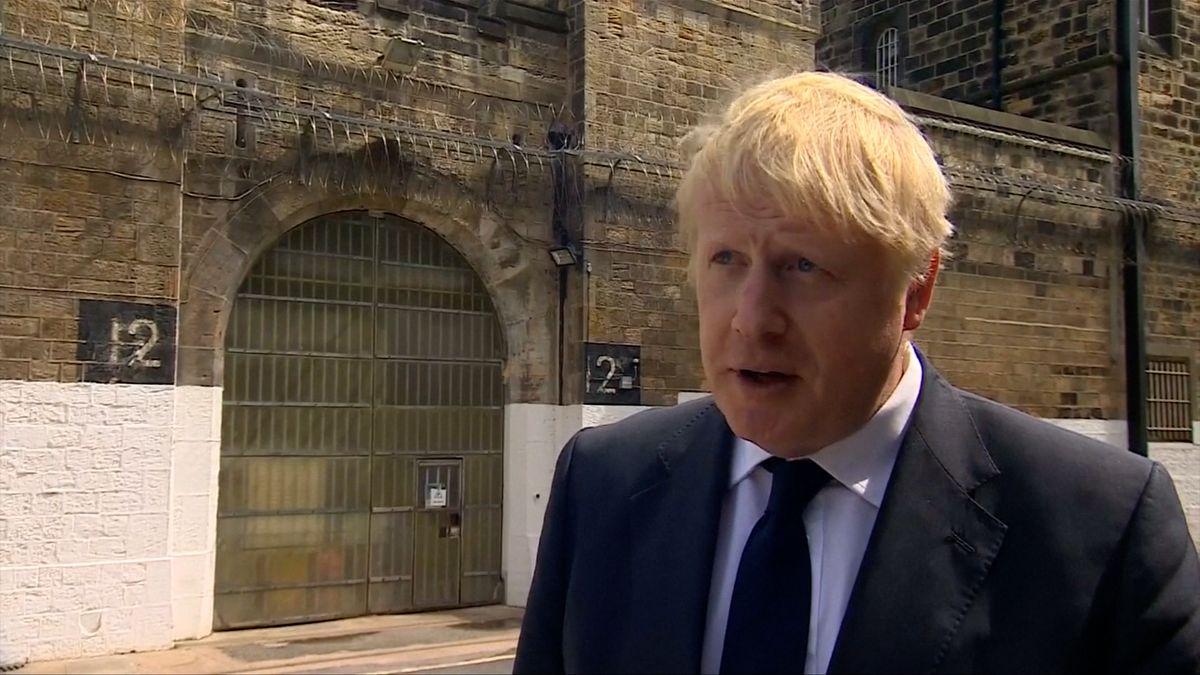 Johnson žádá vdopise EU zrušení irské pojistky. Postoj sedmadvacítky se ale nemění