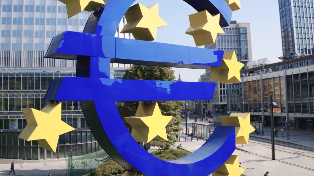 Covidová jednota mizí. Guvernéři ECB se přou, kdy utáhnout šrouby