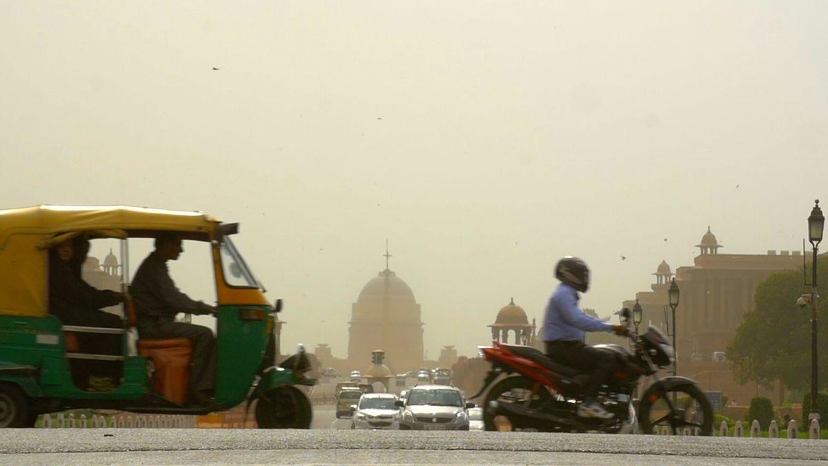 Nejhorší propad prodejů aut vIndii za 18let zasáhl světové automobilky, opráci mohou přijít miliony lidí