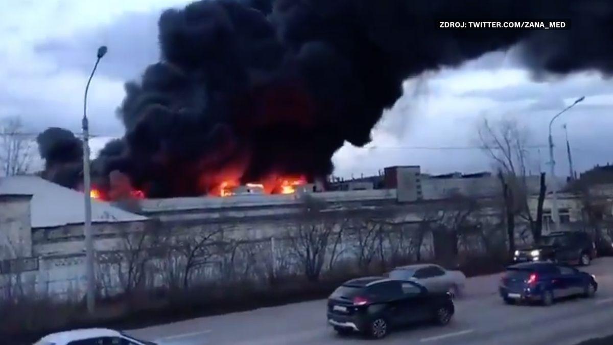 VKrasnojarsku vypukl požár vtovárně na mezikontinentální rakety pro jaderné ponorky