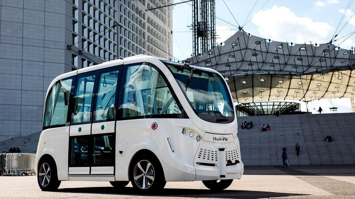 VTallinnu idalších městech zkoušejí autobusy bez řidiče