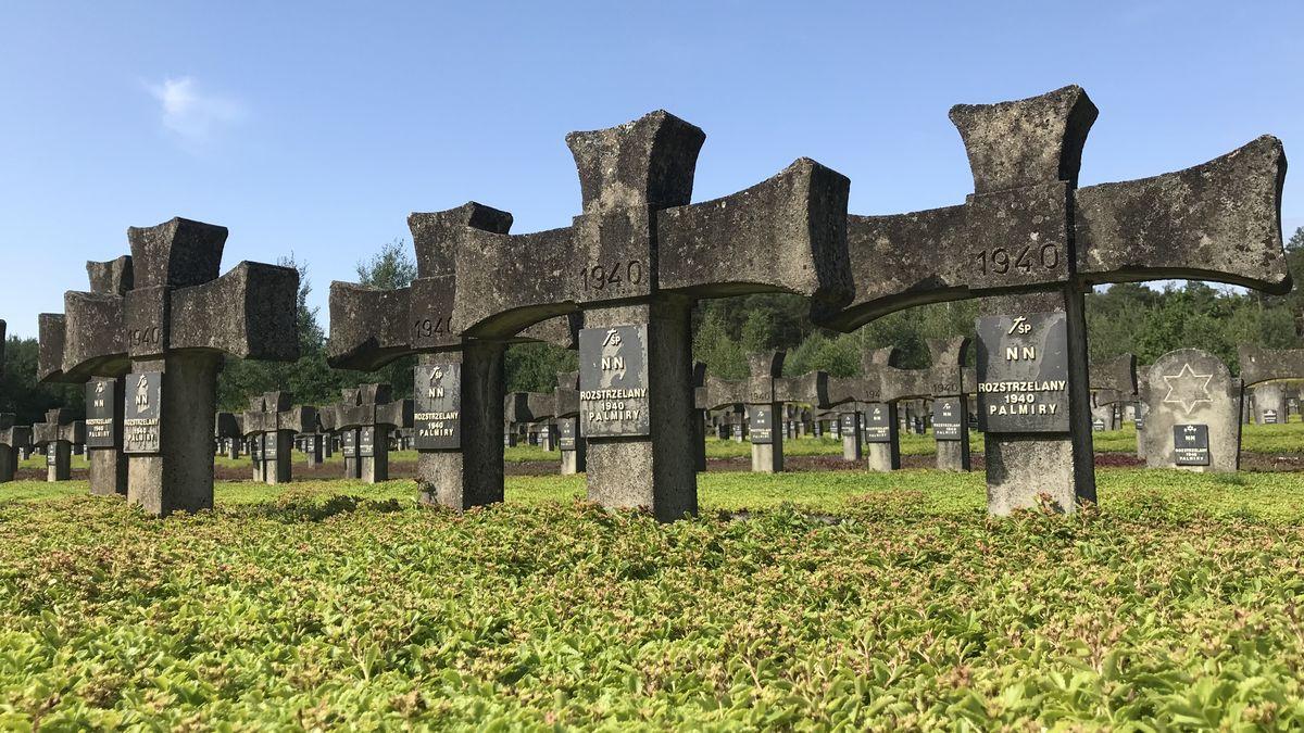 Na péči oválečné hroby vzahraničí chce dát Česko pět milionů, do Ruska nic