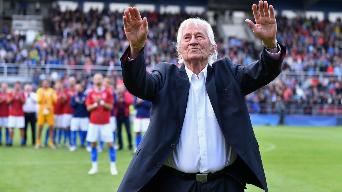 Fotbalový génius Karel Brückner slaví jubileum. 80věcí, jež oněm nevíte