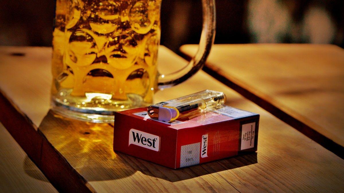 Víc cigaret ialkoholu a méně chleba. Jak se Čechům změnily chutě od roku 1989