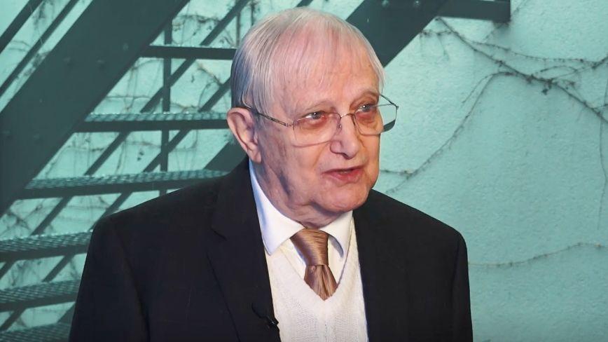 Jablonecká mincovna vydává sérii k90.narozeninám Jiřího Suchého