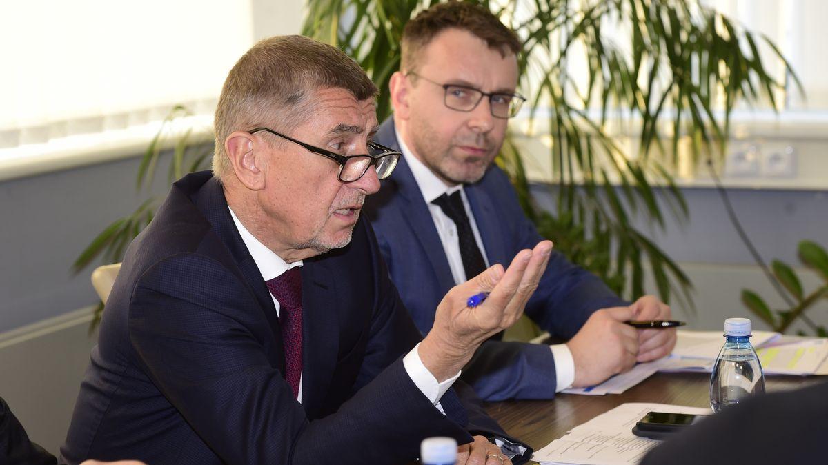 Kremlík po schůzce sBabišem: Tendr na e-shop kdálničním známkám se rušit nebude
