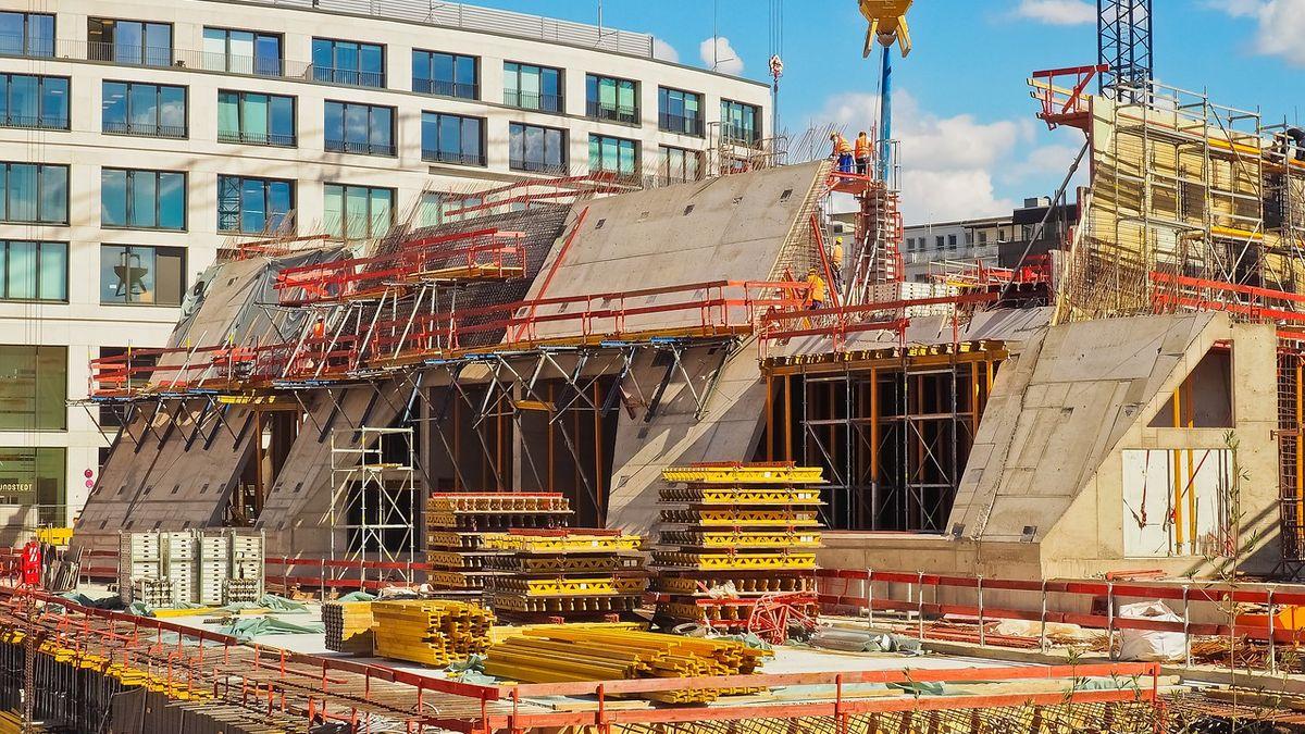 Horor na stavebním úřadu: Osm let čekal, než mohl začít stavět