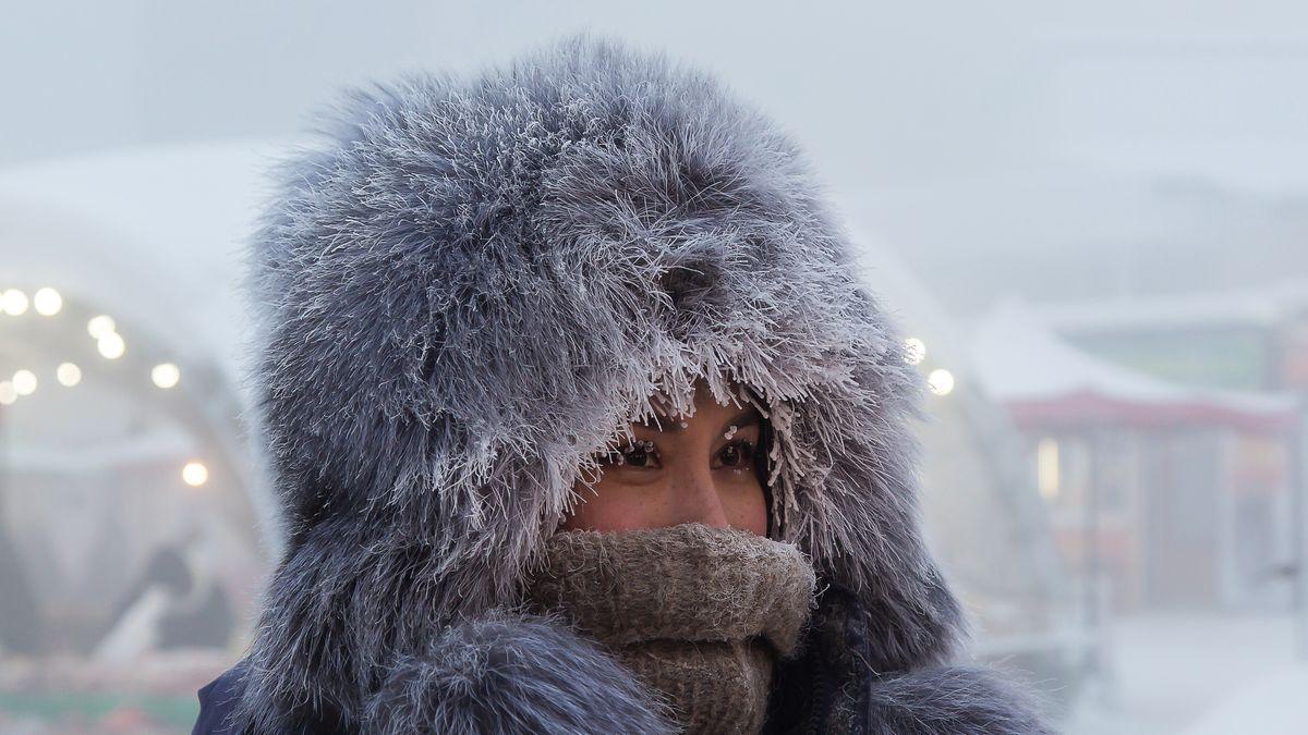 Zima až oči zamrzají. Podívejte se do nejstudenějšího města na Zemi