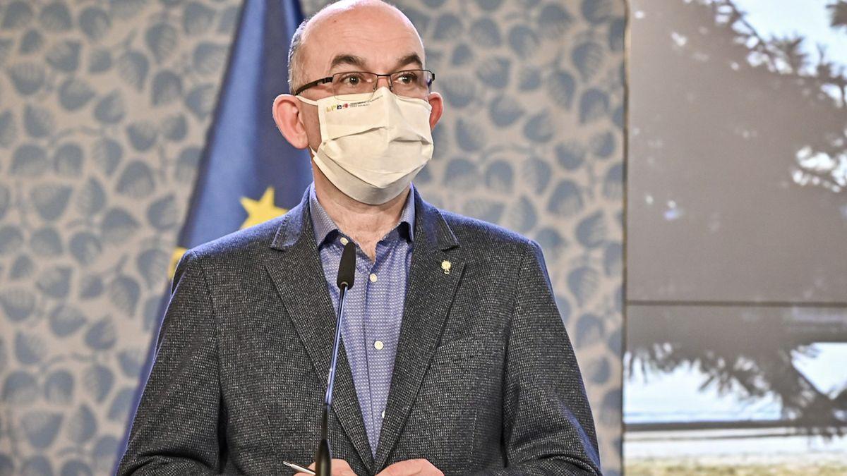 Opozice kzavření polní nemocnice: Vláda nemehel dělá nepochopitelné kroky
