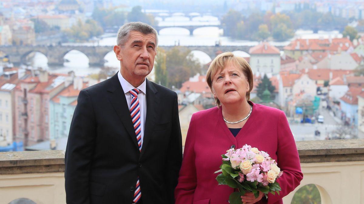 Pandemická věrnost končí. Evropané ztrácí trpělivost se svými vůdci