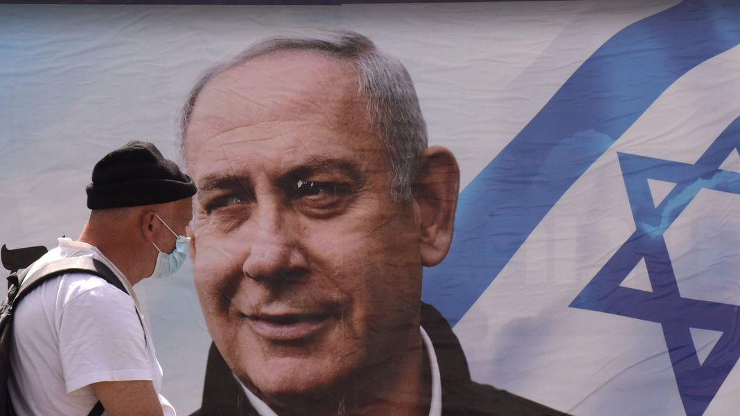 Volby vIzraeli: Souzený Netanjahu bojuje opřežití. Šance má solidní