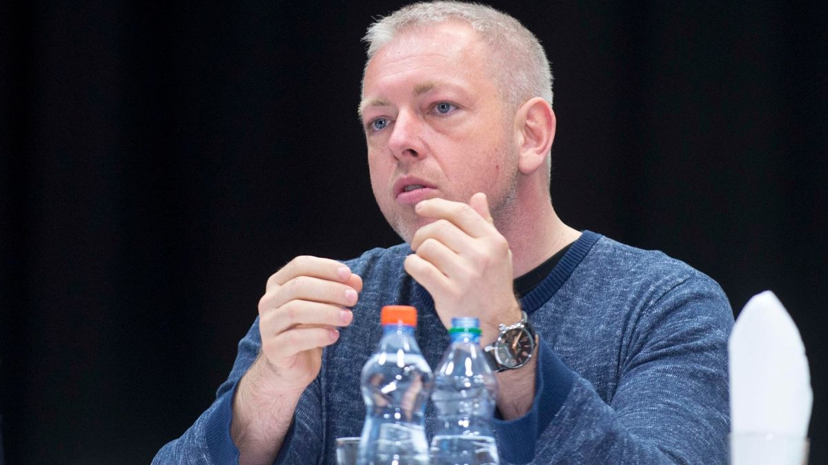 Exministr Chovanec: Hamáček má co vysvětlovat, oVrběticích musel vědět
