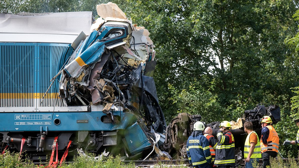 Srážka vlaků uDomažlic má tři oběti. Už je známa příčina tragédie