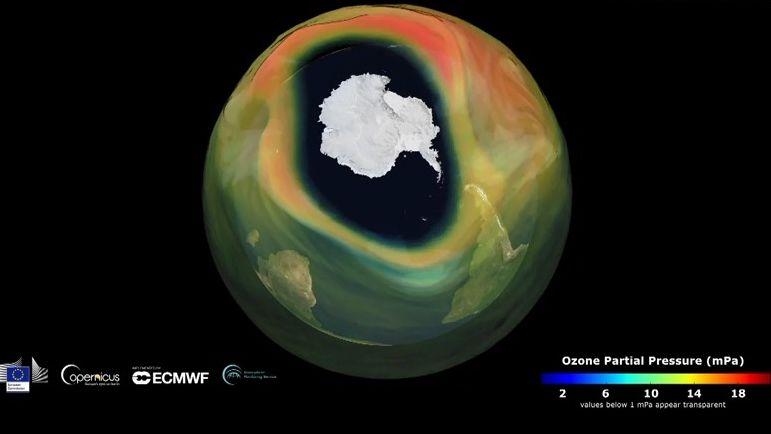Ozonová díra se významně zvětšila. Už je větší než Antarktida