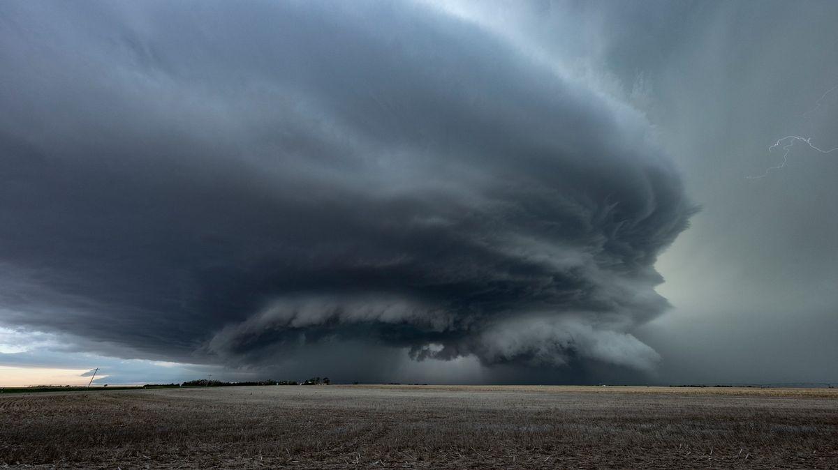 Češi vyvíjí novou předpověď počasí. Je přesnější a časem pozná itornádo