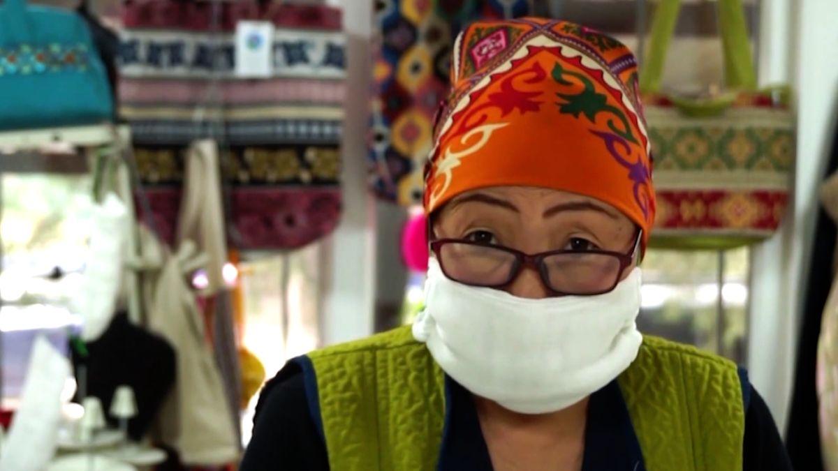 Šitím roušek platí za léky pro ženy srakovinou vKyrgyzstánu