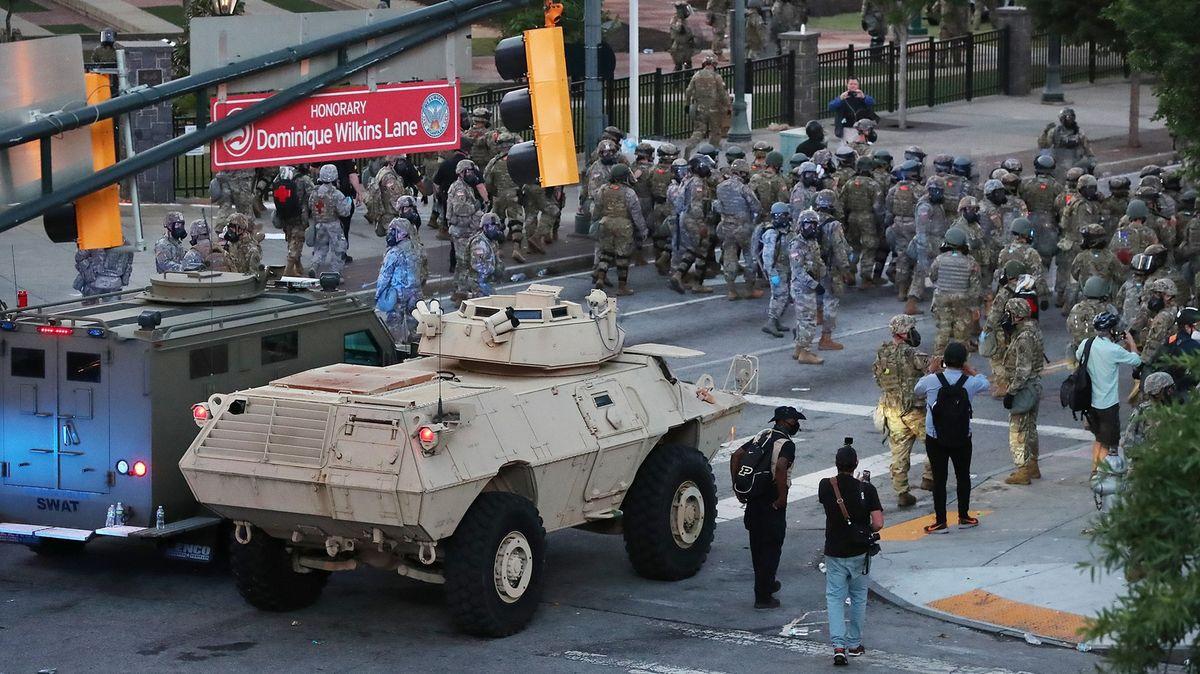 Pošle Trump na protestující armádu? IPentagon stím má problém