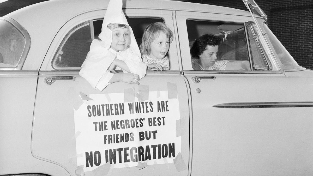 """Obrazy rasové segregace: """"Chceme bílé nájemníky vnaší bílé komunitě"""""""