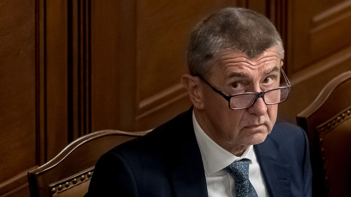Česko má rekordní schodek rozpočtu. Poslanci schválili deficit 500miliard